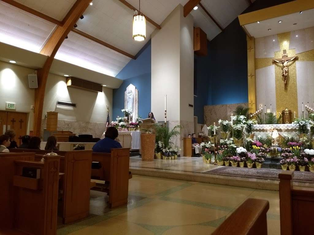 Notre Dame of Bethlehem Church - church  | Photo 2 of 10 | Address: 1861 Catasauqua Rd, Bethlehem, PA 18018, USA | Phone: (610) 866-4371