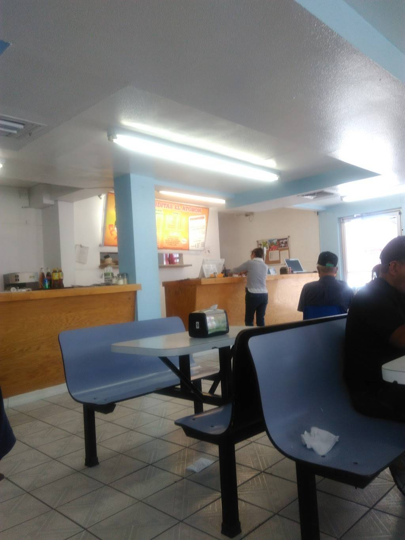 Gorditas El Atoron - restaurant  | Photo 9 of 10 | Address: Calle Niños Héroes, Av Reforma 1407, El Barreal, 32040 Cd Juárez, Chih., Mexico | Phone: 656 375 0476