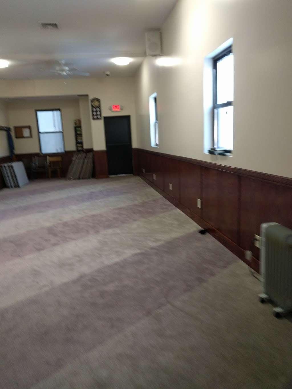 Masjid Al-Huda - mosque  | Photo 3 of 5 | Address: 3979 White Plains Rd, Bronx, NY 10466, USA | Phone: (718) 653-6848