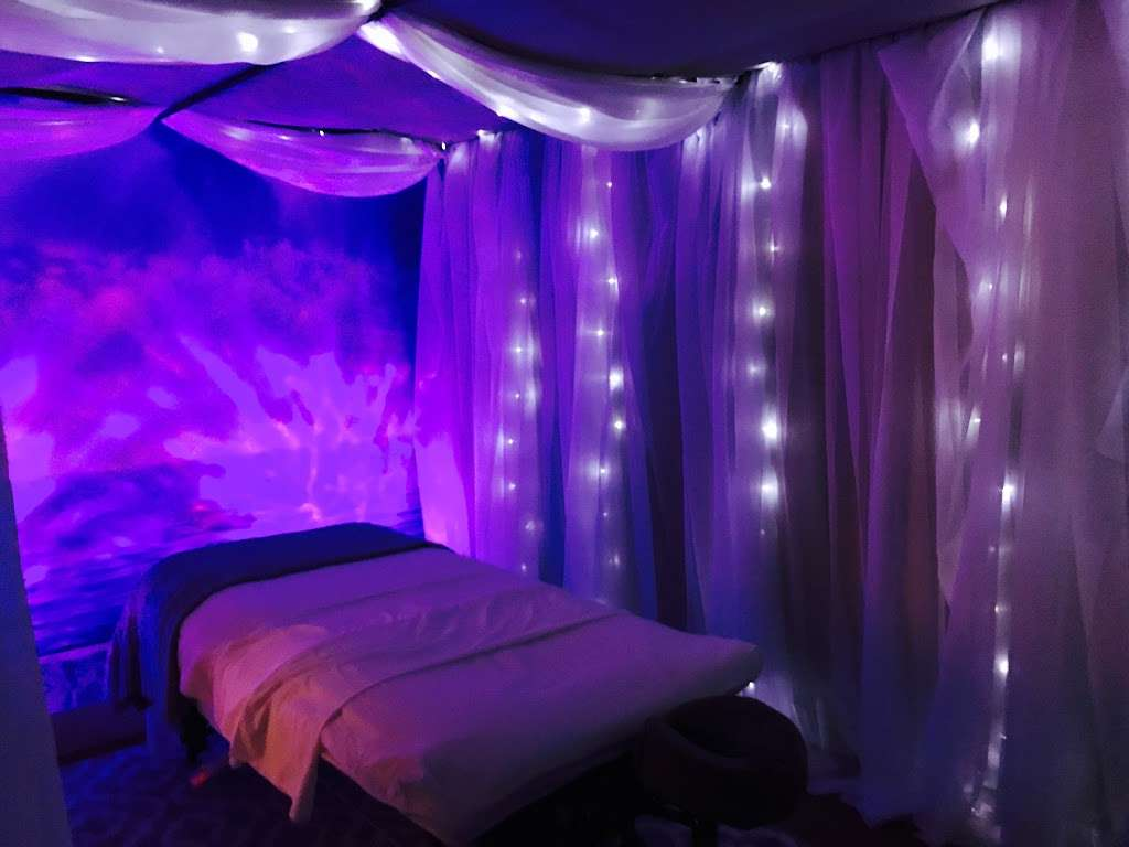 Therapeutic Massage & Wellness - spa    Photo 1 of 10   Address: 40 Lake Ave Ext Suite B, Danbury, CT 06811, USA   Phone: (203) 826-3355