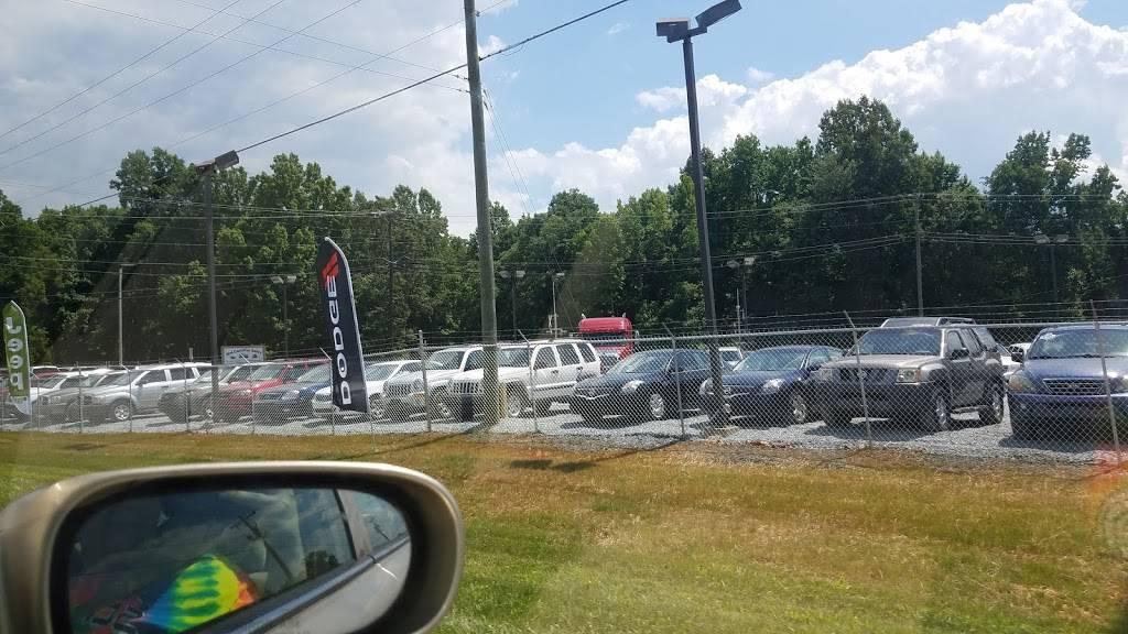 Mid-Carolina Sales - car dealer  | Photo 3 of 4 | Address: 8733 US-311, Archdale, NC 27263, USA | Phone: (336) 382-2549