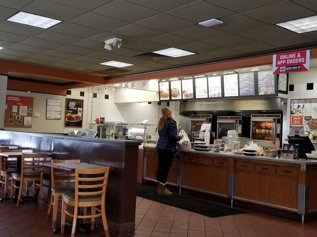Boston Market - restaurant  | Photo 5 of 10 | Address: 21-20 Broadway, Fair Lawn, NJ 07410, USA | Phone: (201) 794-2100