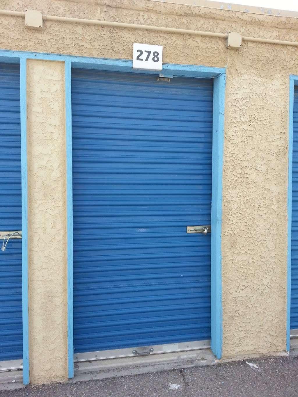 Leo motors - car dealer  | Photo 2 of 6 | Address: 3735 N Nellis Blvd, Las Vegas, NV 89115, USA | Phone: (702) 547-9096