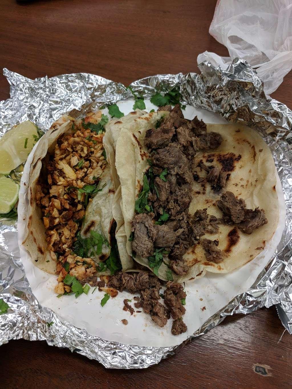 WHATAPOLLO & MORE - restaurant  | Photo 8 of 10 | Address: 500 N Main St, Baytown, TX 77520, USA | Phone: (281) 420-0170