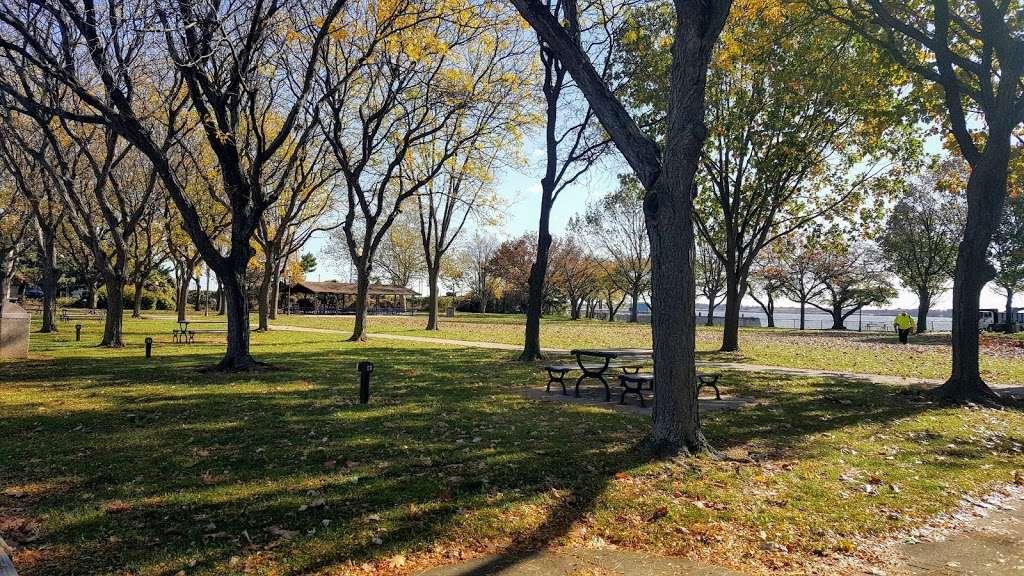 Market square Memorial park - park  | Photo 1 of 10 | Address: 4 E Delaware St, Marcus Hook, PA 19061, USA