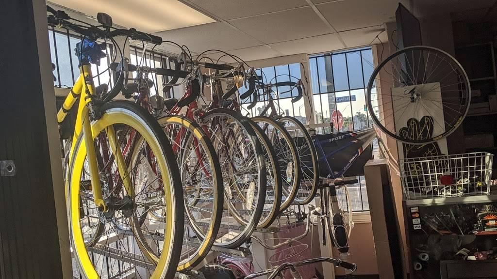 Long Beach Bike Shop - bicycle store    Photo 5 of 10   Address: 1701 Pacific Coast Hwy, Long Beach, CA 90806, USA   Phone: (562) 436-7447