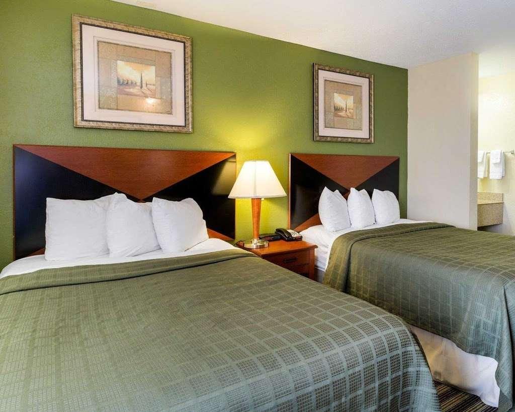 Quality Inn - lodging    Photo 8 of 10   Address: 5222 Interstate 10 E, Baytown, TX 77521, USA   Phone: (281) 421-7200