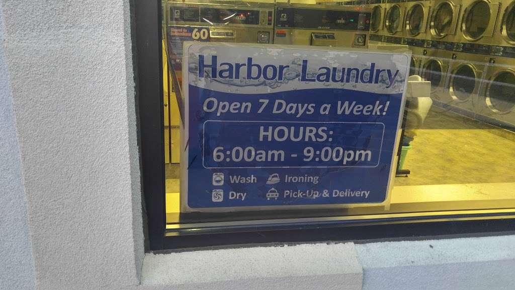 Harbor Laundry - laundry  | Photo 2 of 2 | Address: 1249 Sheridan Rd, Winthrop Harbor, IL 60096, USA | Phone: (847) 246-4175