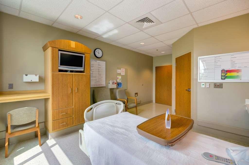 Encompass Health Rehabilitation Hospital of Northern Virginia - hospital  | Photo 1 of 10 | Address: 24430 Millstream Dr, Aldie, VA 20105, USA | Phone: (703) 957-2000