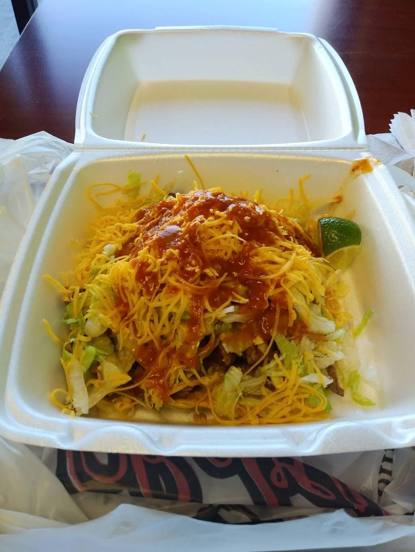 Robertos Taco Shop - restaurant  | Photo 7 of 10 | Address: 4955 E Craig Rd, Las Vegas, NV 89115, USA | Phone: (800) 970-5111