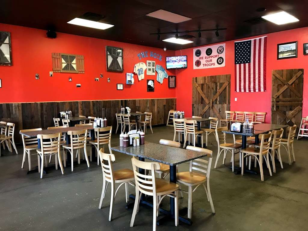 Double Ds BBQ - restaurant  | Photo 2 of 10 | Address: 634 Barnes Blvd #110, Rockledge, FL 32955, USA | Phone: (321) 298-6995