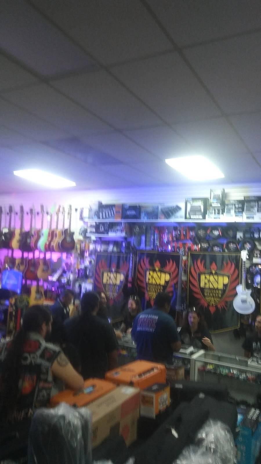Hero Music - electronics store  | Photo 4 of 10 | Address: 6430 Gateway Blvd E suite b, El Paso, TX 79905, USA | Phone: (915) 594-4999