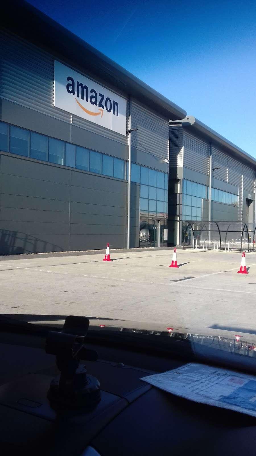 DBR1 Amazon Warehouse - storage    Photo 7 of 10   Address: 7 Crabtree Manorway N, Belvedere DA17 6AS, UK   Phone: 07468 087576