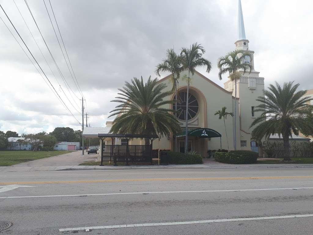 Hollywood Spanish Seventh Day - church    Photo 5 of 10   Address: 1808 Van Buren St, Hollywood, FL 33020, USA   Phone: (954) 362-3918