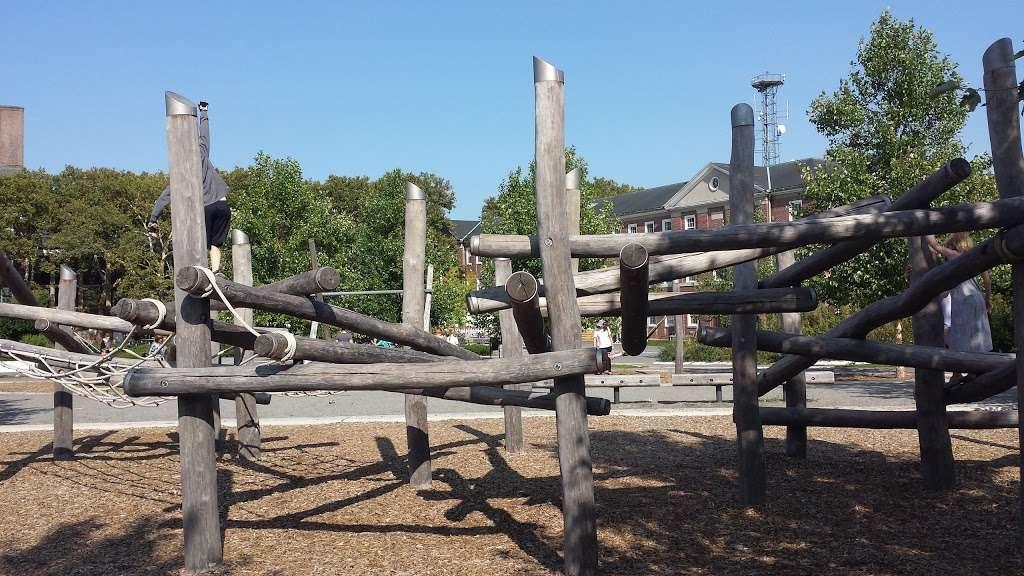 Hammock Grove Play Area - park  | Photo 2 of 10 | Address: New York, NY 10004, USA