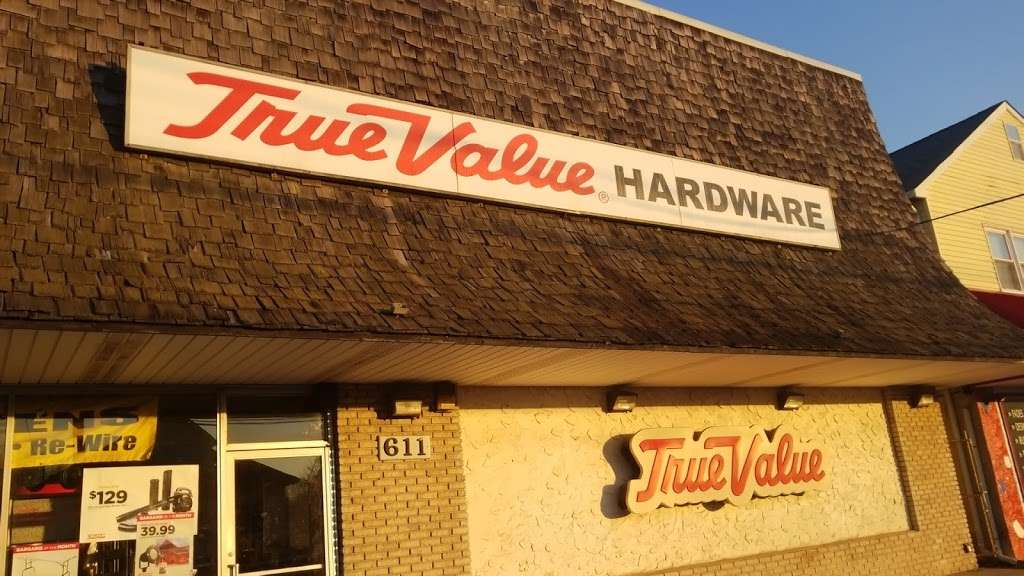 B & B True Value Hardware - hardware store  | Photo 10 of 10 | Address: 611 State Rd, Croydon, PA 19021, USA | Phone: (215) 785-3643