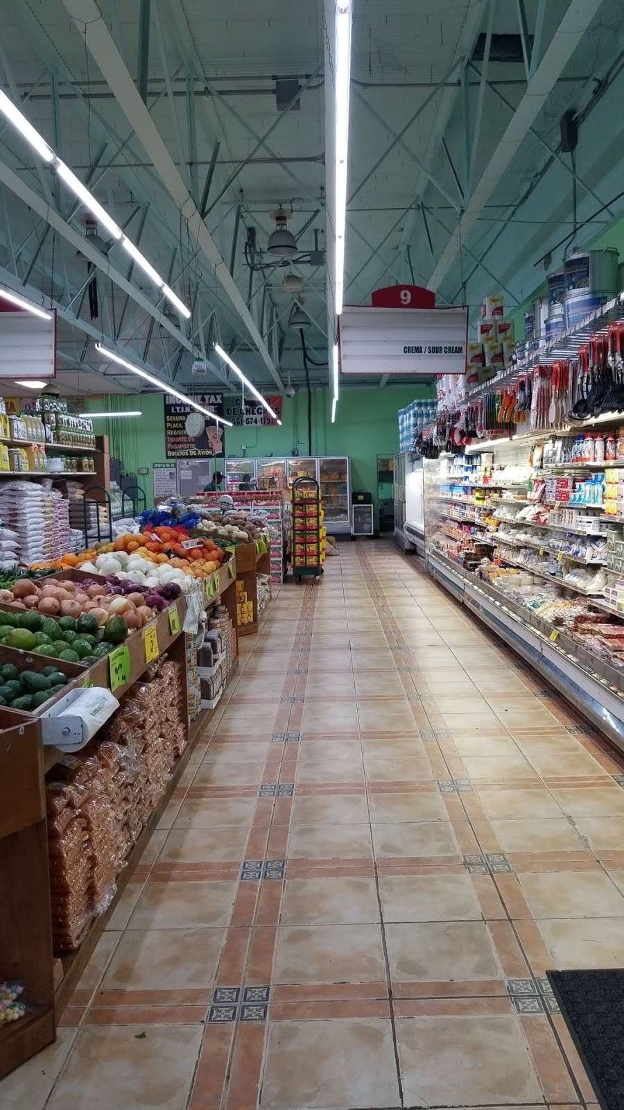 Bowling Supermarket - store  | Photo 2 of 10 | Address: 1425 S Main St, Belle Glade, FL 33430, USA | Phone: (561) 996-6349