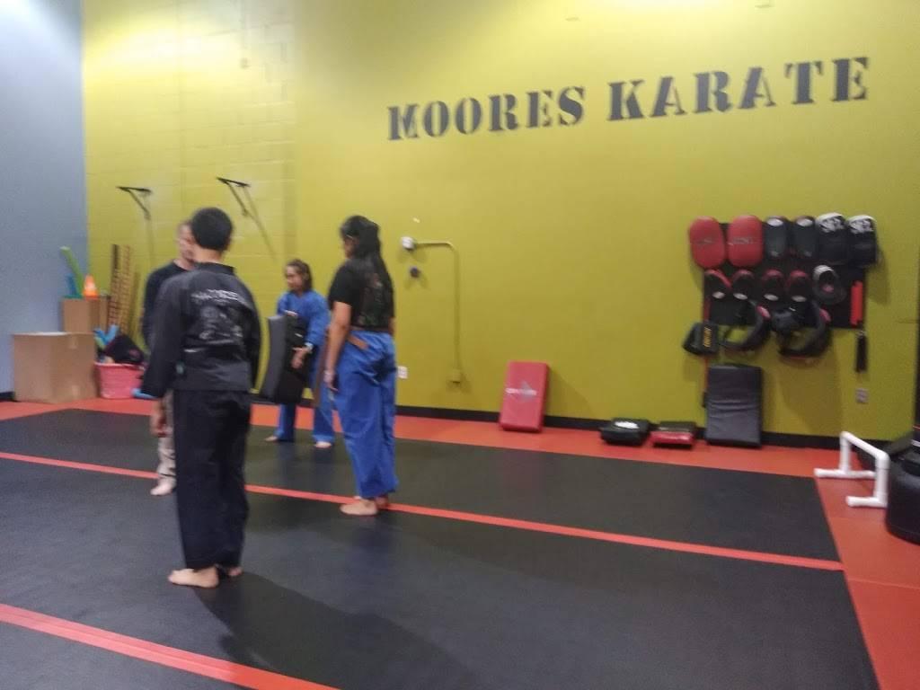 Fit Republic - gym  | Photo 6 of 10 | Address: 934 Perimeter Dr, Manteca, CA 95337, USA | Phone: (209) 707-3272
