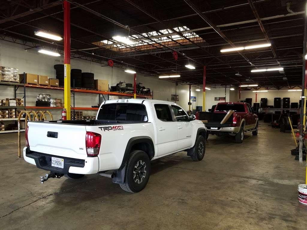 Rosen Tire Service - car repair  | Photo 1 of 10 | Address: 6801 Melton Rd, Gary, IN 46403, USA | Phone: (630) 779-7878