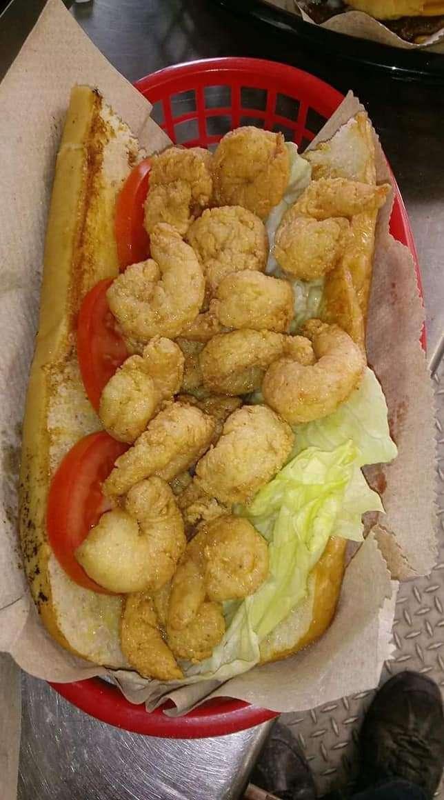 The Best In Town - restaurant  | Photo 10 of 10 | Address: 9606 Creek Vista Ln, Willis, TX 77378, USA | Phone: (936) 442-8931