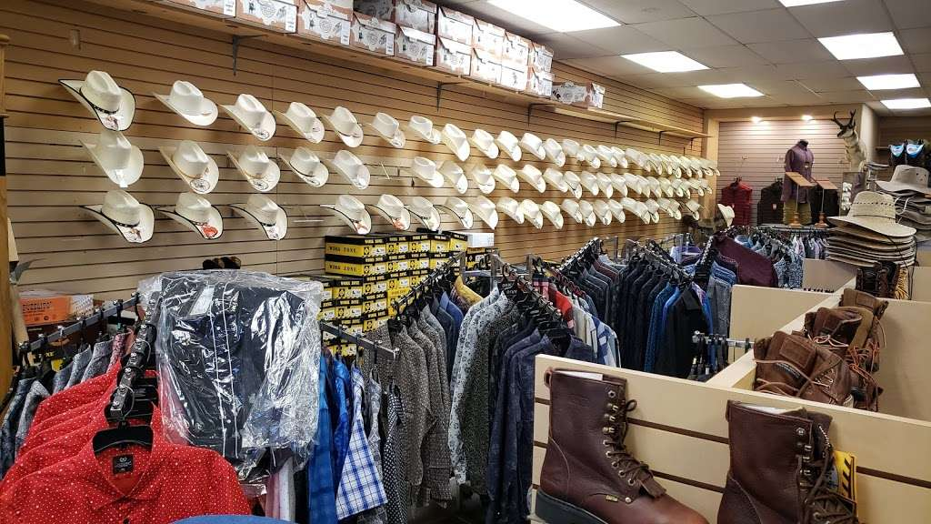I Botas - shoe store  | Photo 2 of 4 | Address: 2605 E Bell Rd, Phoenix, AZ 85032, USA | Phone: (480) 280-3823