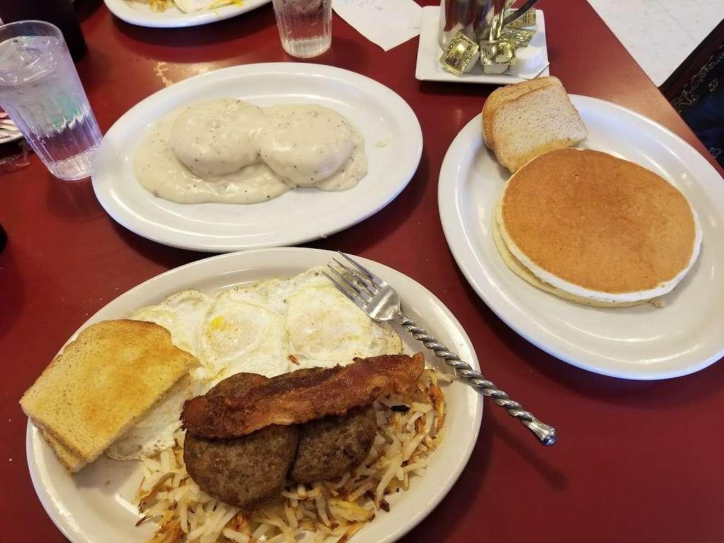 Stockman's Cafe - cafe  | Photo 2 of 10 | Address: 711 O St, Greeley, CO 80631, USA | Phone: (970) 353-4121