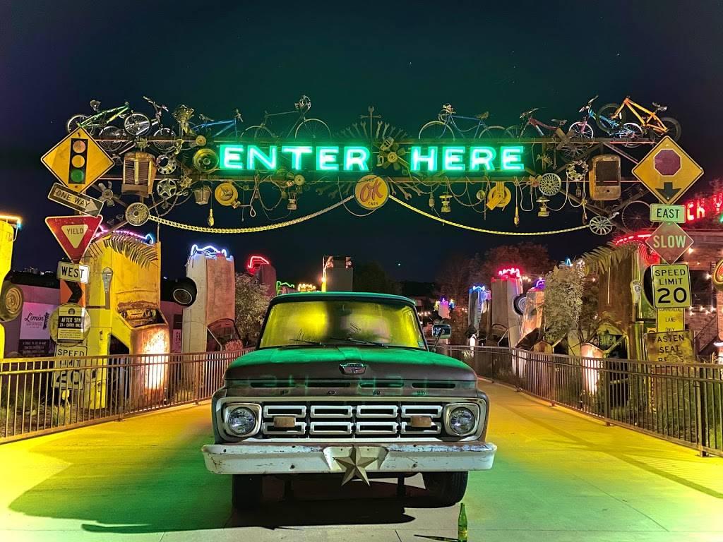 Truck Yard - restaurant  | Photo 6 of 8 | Address: 5959 Grove Ln, The Colony, TX 75056, USA | Phone: (469) 401-6764