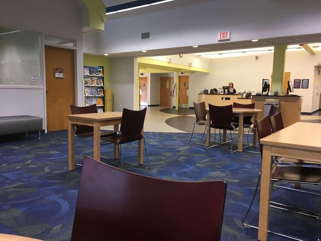 Buenaventura Lakes Branch Library - library  | Photo 1 of 3 | Address: 405 Buenaventura Blvd, Kissimmee, FL 34743, USA | Phone: (407) 742-8888