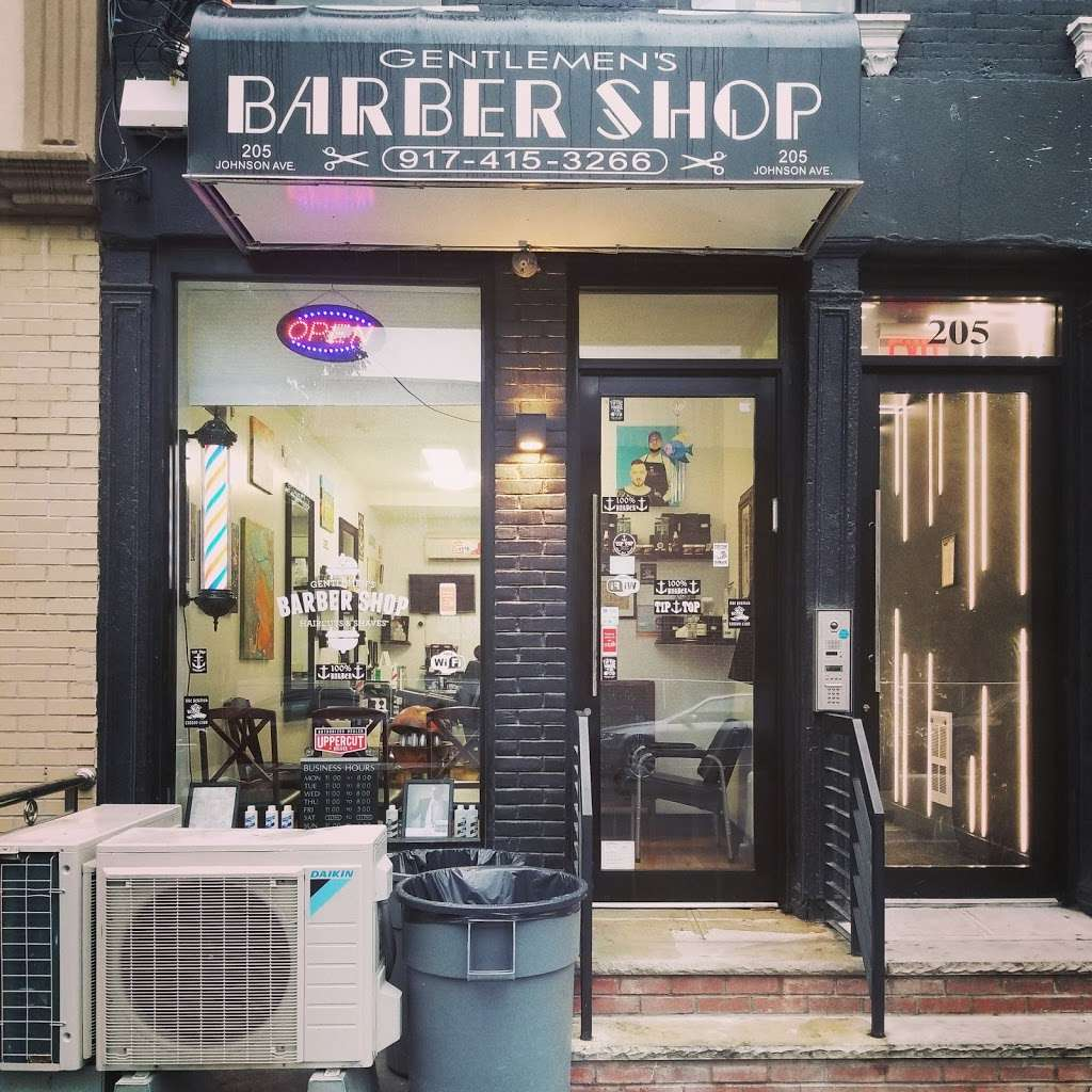 Gentlemens Barbershop - hair care  | Photo 5 of 10 | Address: 205 Johnson Ave, Brooklyn, NY 11206, USA | Phone: (917) 415-3266