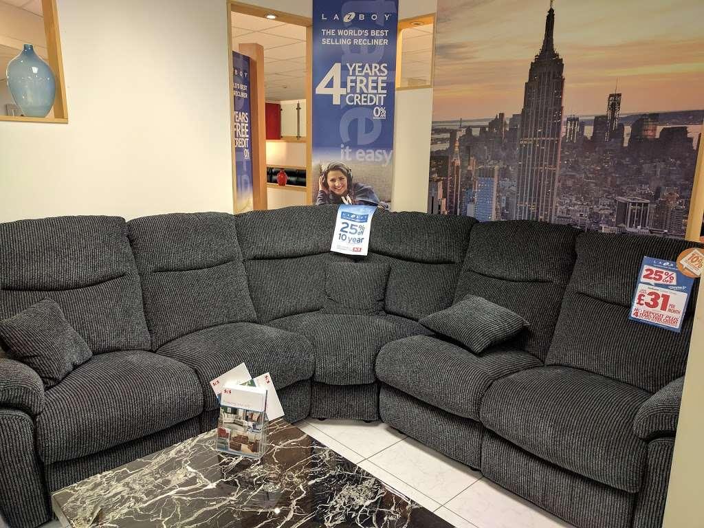 ScS – Sofa Carpet Specialist - furniture store  | Photo 6 of 10 | Address: 15, The Queensgate Centre, Edinburgh Way, Harlow CM20 2DA, UK | Phone: 01279 630130