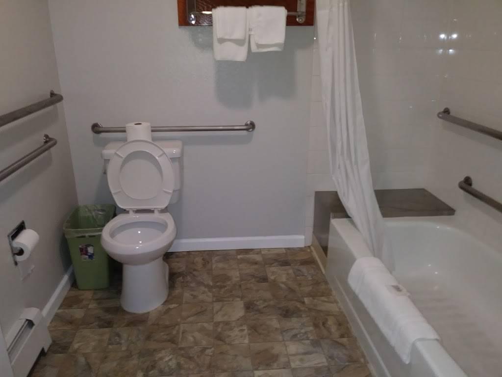 Merrill Field Inn - lodging  | Photo 3 of 9 | Address: 420 Sitka St, Anchorage, AK 99501, USA | Phone: (907) 276-4547