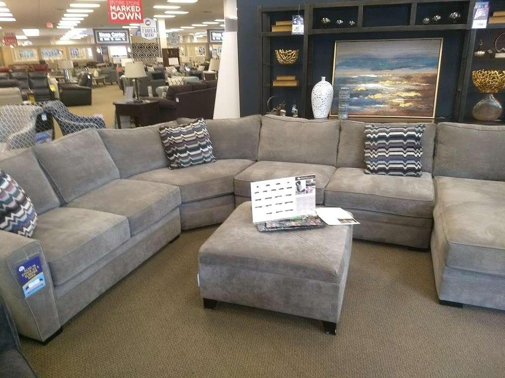 Raymour Flanigan Furniture And Mattress Store 1471 Us Route 1 South North Brunswick Township Nj 08902 Usa