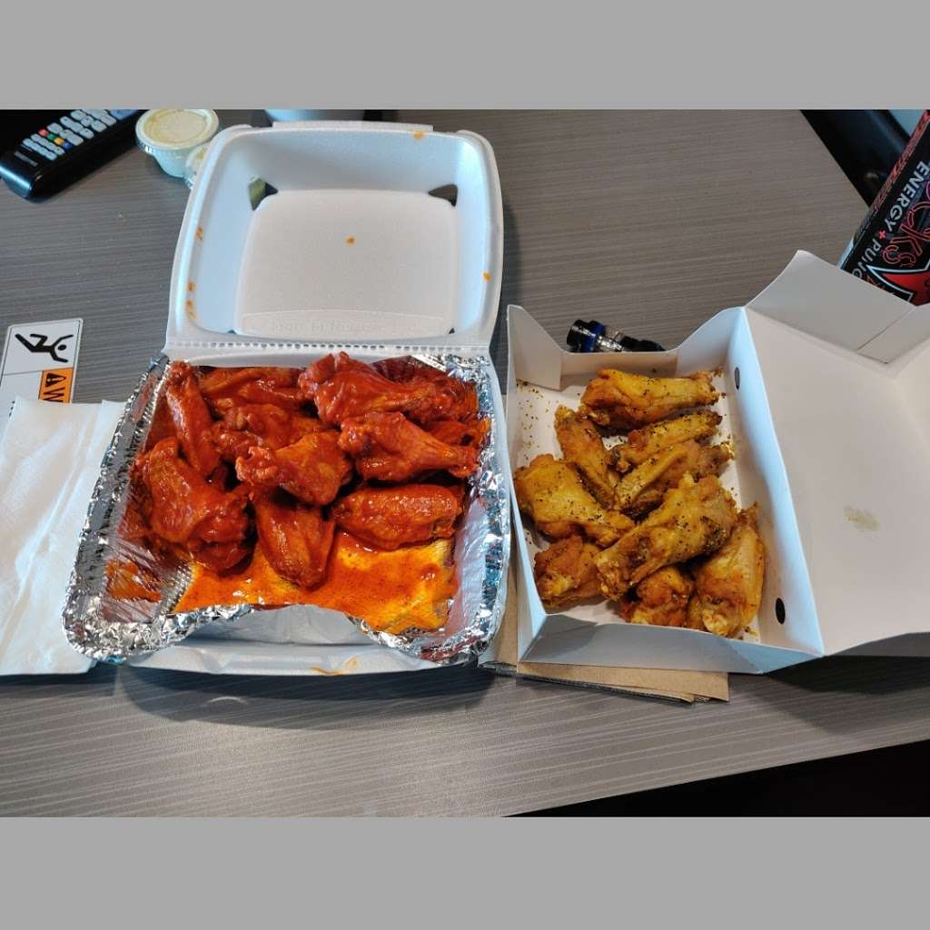 J Js Chicken & Rice&Chinese wok - restaurant    Photo 6 of 10   Address: Dallas, TX 75241, USA   Phone: (972) 224-1525