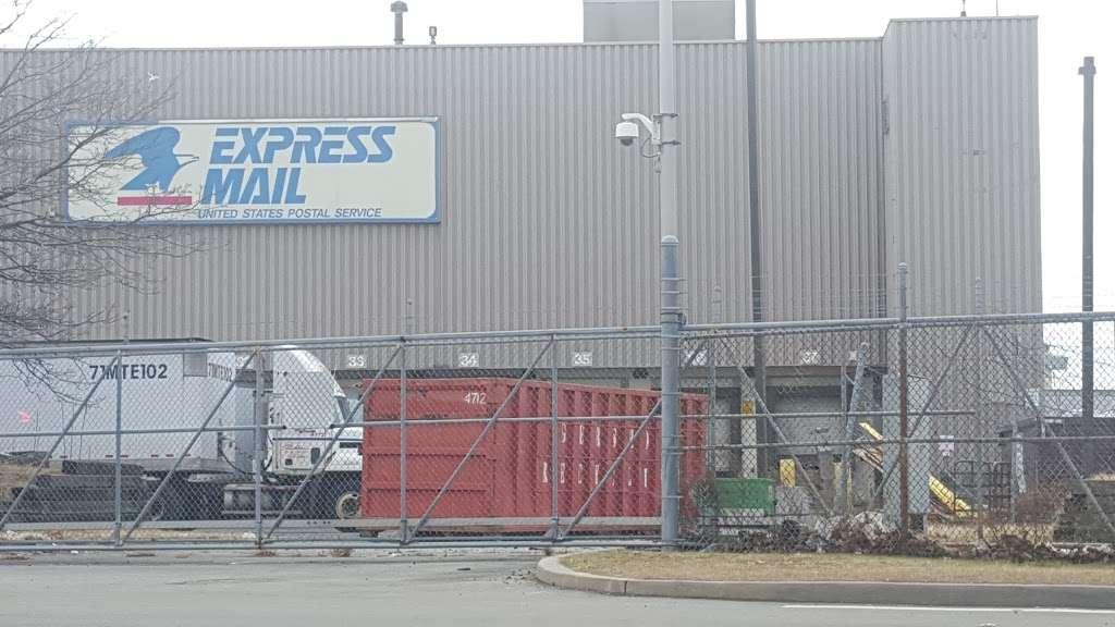 United States Postal Service - post office  | Photo 2 of 10 | Address: 250 N Boundary Rd Ste 1, Jamaica, NY 11430, USA | Phone: (800) 275-8777