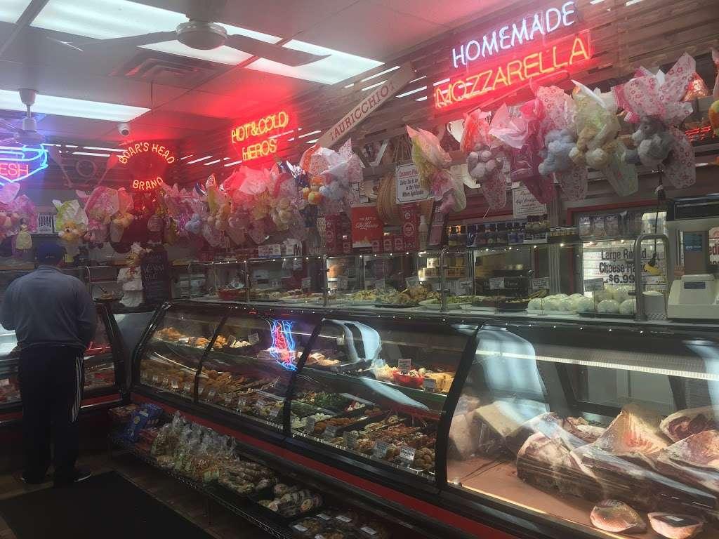 Pastosa Ravioli company - store  | Photo 8 of 10 | Address: 1076 Richmond Rd, Staten Island, NY 10304, USA | Phone: (718) 667-2194