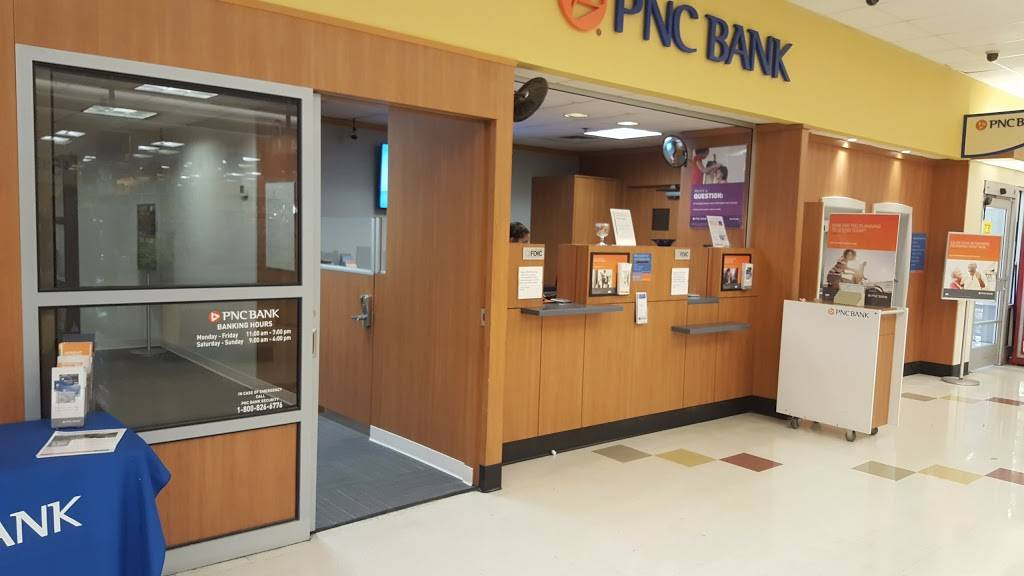 PNC Bank - bank  | Photo 2 of 3 | Address: 380 W Pleasantview Ave, Hackensack, NJ 07601, USA | Phone: (201) 968-4000