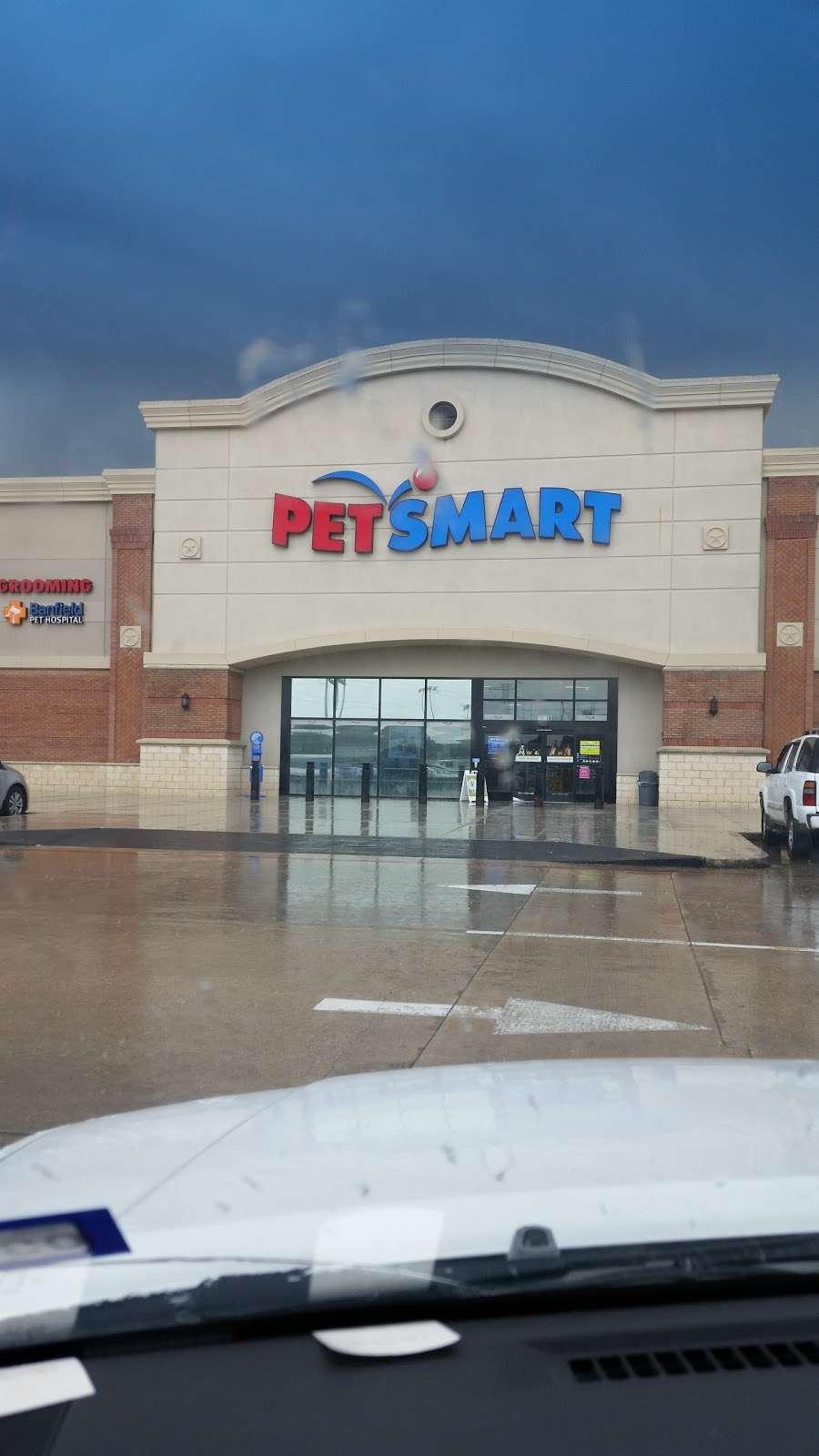 PetSmart - veterinary care  | Photo 7 of 10 | Address: 20518 Hwy 59 N, Humble, TX 77338, USA | Phone: (281) 540-1274