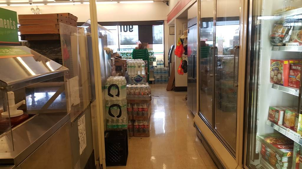 7-Eleven - convenience store  | Photo 9 of 9 | Address: 529 N Rancho Road, Las Vegas, NV 89106, USA | Phone: (702) 648-2668