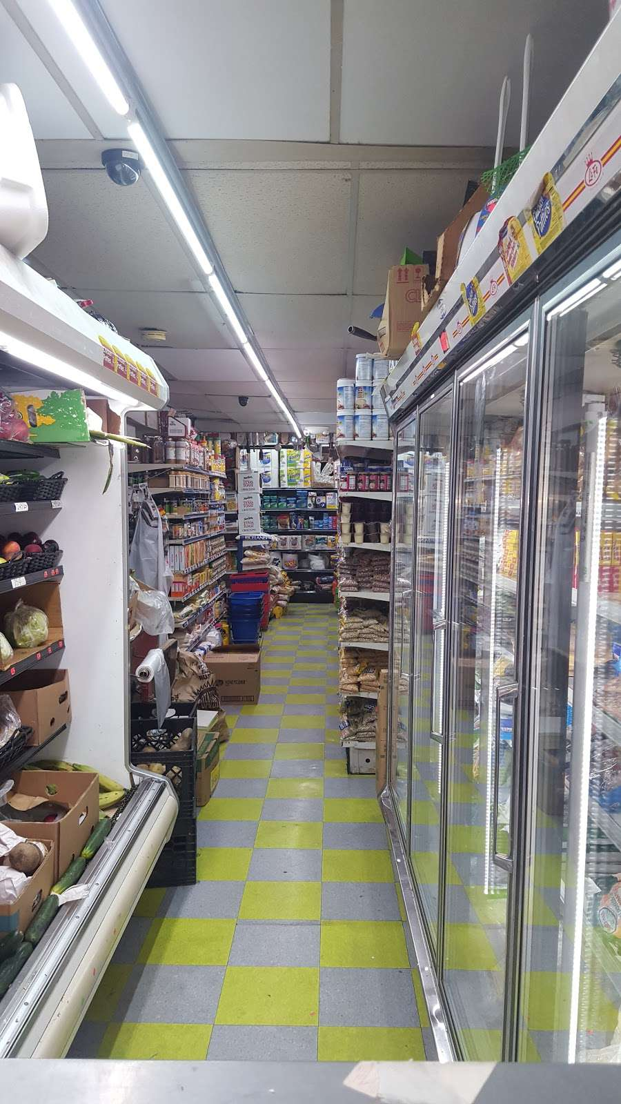 Nunez Brothers - store  | Photo 2 of 7 | Address: 946 S 4th St, Camden, NJ 08103, USA | Phone: (856) 541-5718