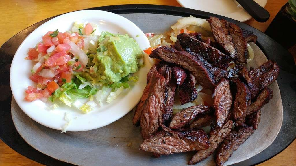 Anchos Southwest Grill & Bar - restaurant  | Photo 5 of 10 | Address: 10773 Hole Ave, Riverside, CA 92505, USA | Phone: (951) 352-0240