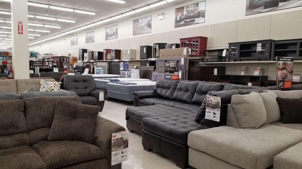 Big Lots - furniture store  | Photo 2 of 10 | Address: 1241 Blakeslee Blvd Dr E, Lehighton, PA 18235, USA | Phone: (570) 386-2345