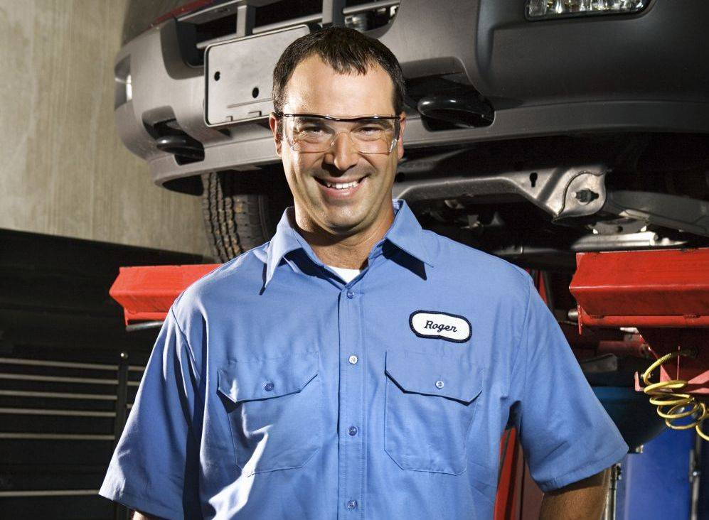 Raaker Tire Service - car repair  | Photo 4 of 9 | Address: 1002 Park Ave, Newport, KY 41071, USA | Phone: (859) 292-0224
