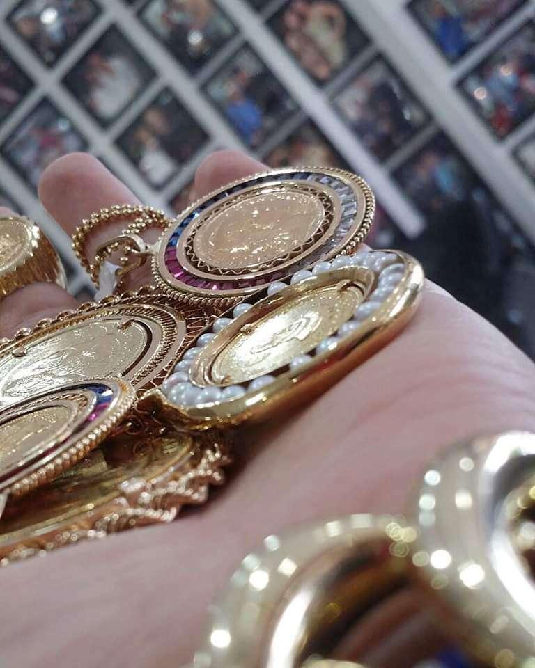 Ariel Joyerias - Jewelry store | 2476 W 60th St, Hialeah ...