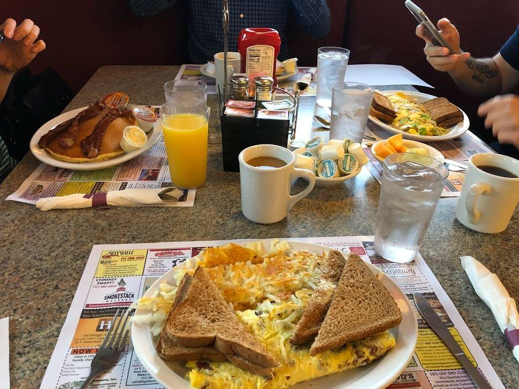 Columbia Diner - restaurant  | Photo 6 of 9 | Address: 1725 Columbia Ave, Lancaster, PA 17603, USA | Phone: (717) 392-8371