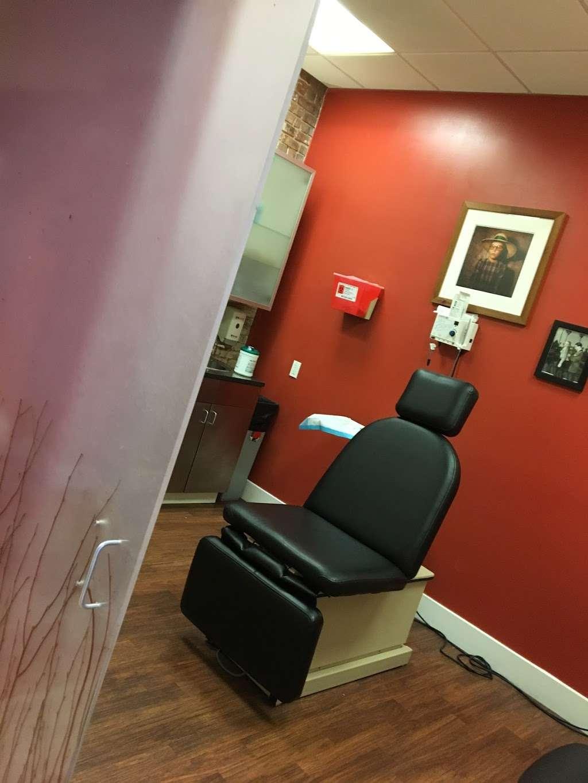 Bobby Buka MD - South Street Seaport Dermatology - hospital  | Photo 4 of 10 | Address: 220 Front St, New York, NY 10038, USA | Phone: (212) 385-3700
