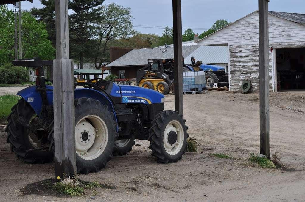 Fruitwood Farms, Inc. - store  | Photo 3 of 10 | Address: 419 Elk Rd, Monroeville, NJ 08343, USA | Phone: (856) 881-7748