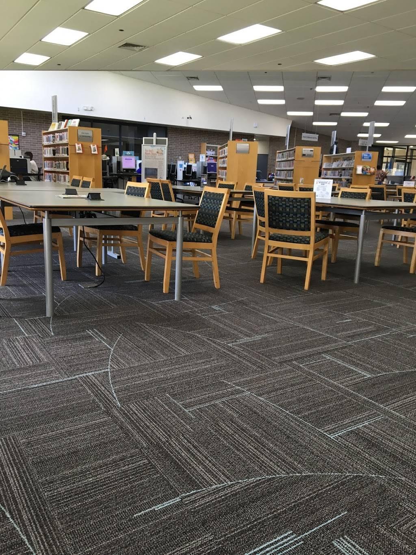 Metropolitan Library System - Ralph Ellison Library - library  | Photo 5 of 7 | Address: 2000 NE 23rd St, Oklahoma City, OK 73111, USA | Phone: (405) 424-1437