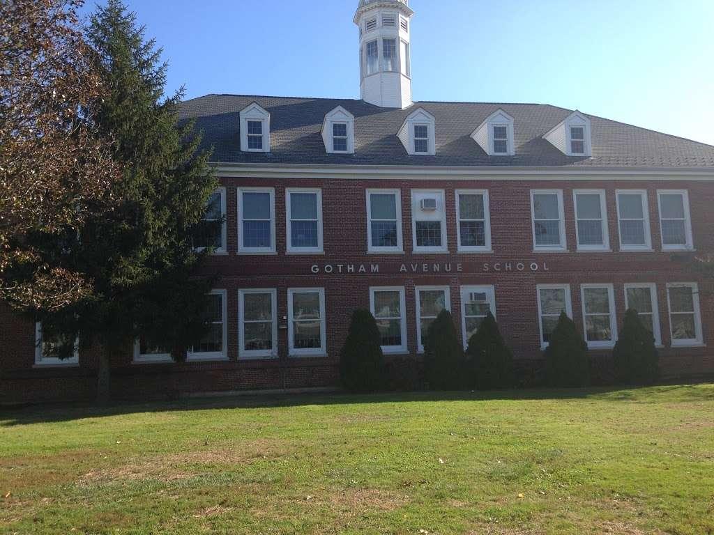 Gotham Avenue School -   | Photo 4 of 6 | Address: 181 Gotham Ave, Elmont, NY 11003, USA | Phone: (516) 326-5540