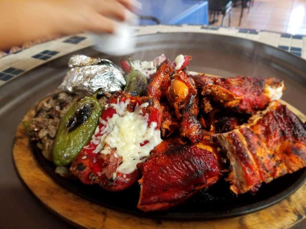 """Al Carbon"" Pollos Asados - restaurant    Photo 7 of 9   Address: 547 Culebra Rd, San Antonio, TX 78201, USA   Phone: (210) 737-7400"