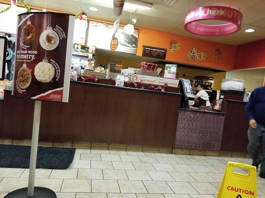 Dunkin Donuts - cafe  | Photo 10 of 10 | Address: 463 Tonnelle Ave, Jersey City, NJ 07307, USA | Phone: (201) 459-0006